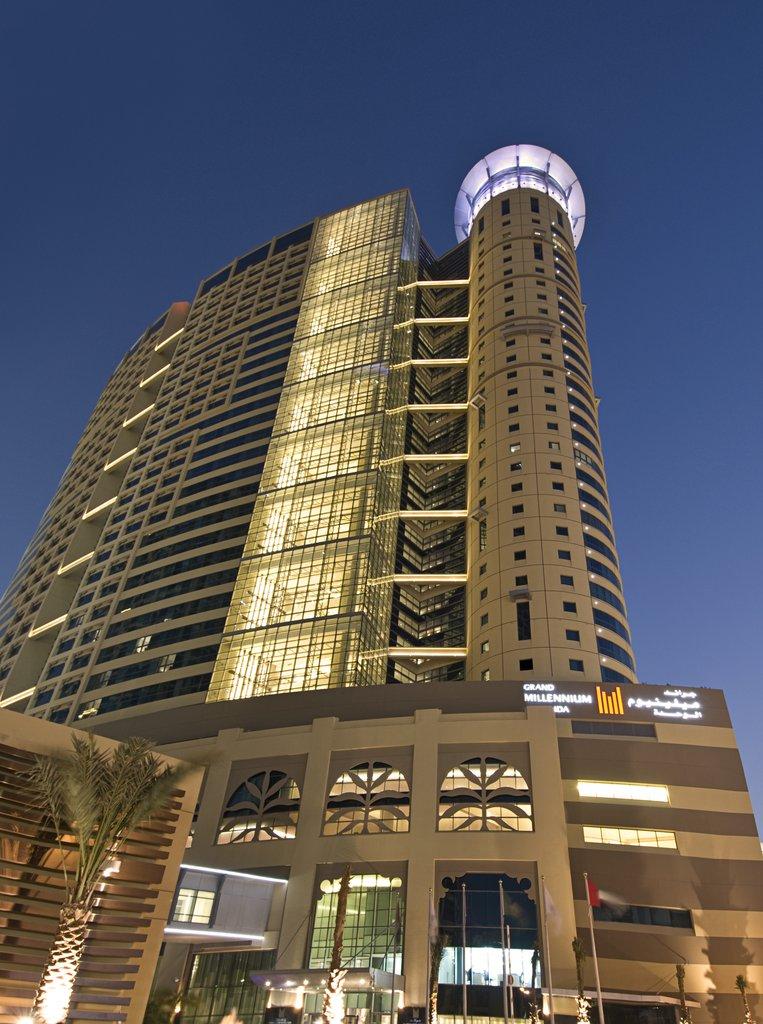 5 star Hotel in Abu Dhabi | Grand Millennium Al Wahda
